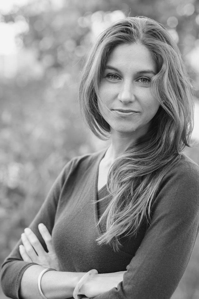 Carlye Adler